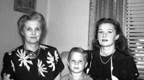 With her mother Effie Olivia Graham and her son Kent Wade Lane
