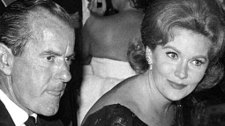 With stock broker and millionaire Dick Elwood, 1963 (in a relationship from Sept. 1962 untill May 1965)